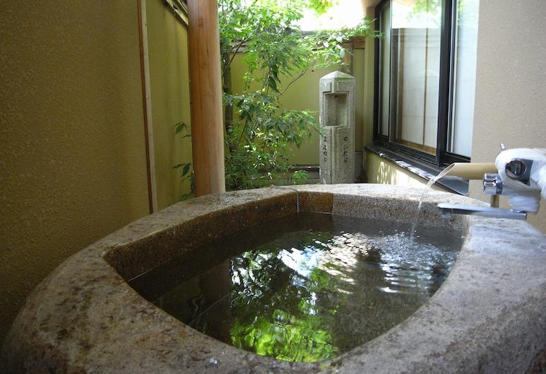 Kawakamiya Kasuitei, Gero, Izba typu Superior, vírivka (Japanese Style, Excellent Suite), Hosťovská izba