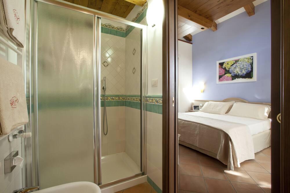 デラックス ダブルルーム ダブルベッド 1 台 - バスルーム
