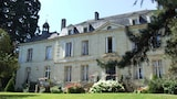 Choose This Cheap Hotel in Saumur