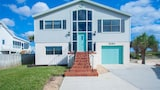 Foto di Turtle Cove 4 Br home by RedAwning a St. Augustine