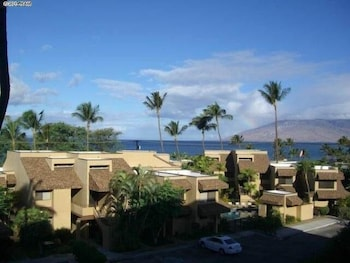 Picture of Kamaole Beach Royale 305 1 Br condo by RedAwning in Kihei