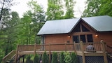 Choose This 3 Star Hotel In Bryson City