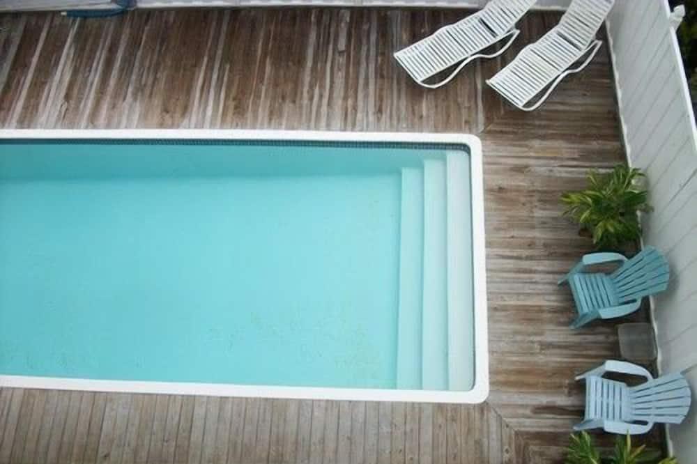 Hus, 5 soverom - Svømmebasseng