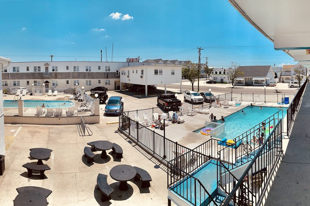 Karakteristični suite - Privatni bazen