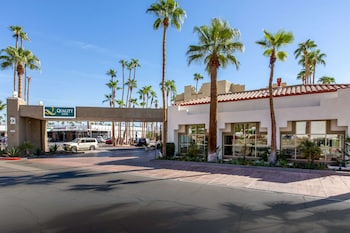 Picture of Quality Inn Palm Springs Downtown in Palm Springs