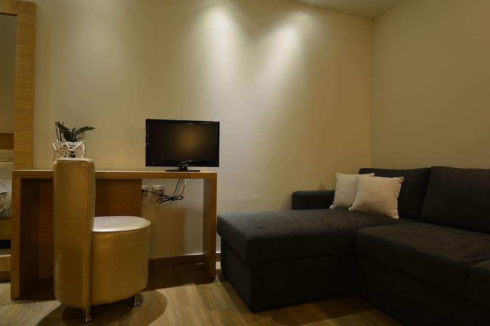 Paaugstināta komforta trīsvietīgs numurs, skats uz jūru - Dzīvojamā zona