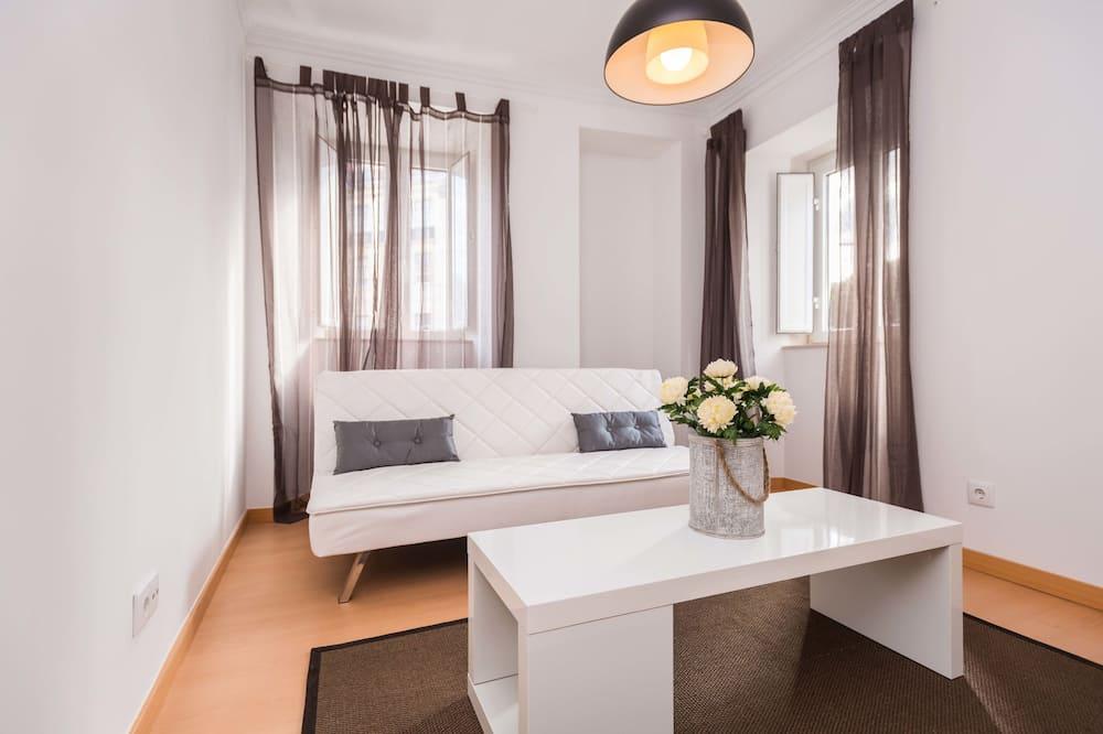 Apartment, 1 Bedroom (Largo Vitorino Damásio nº 7, 2º Esq) - Living Room