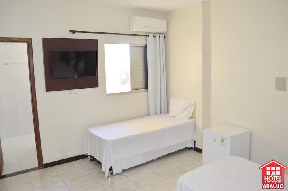 Deluxe Suite - Guest Room