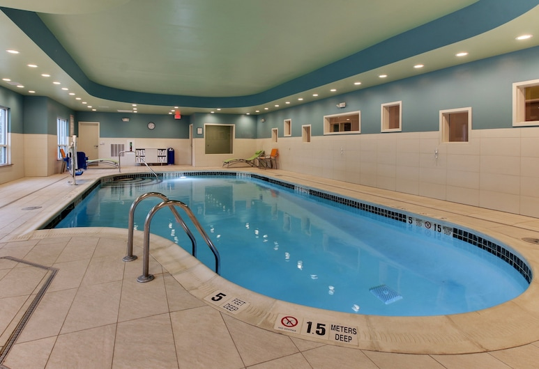 Holiday Inn Express & Suites Ithaca, Ithaka, Pool