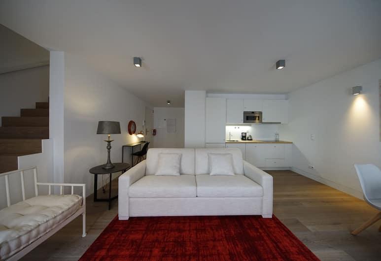 Alma Moura Residences, Lisabon, Dvojposchodový apartmán typu Deluxe, 1 spálňa (Castelo), Súkromná kuchynka