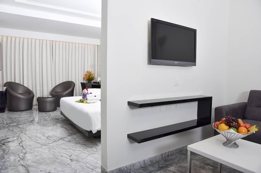 Luxury-sviitti, 1 makuuhuone, Tupakointi sallittu, Kaupunkinäköala - Kylpyhuone