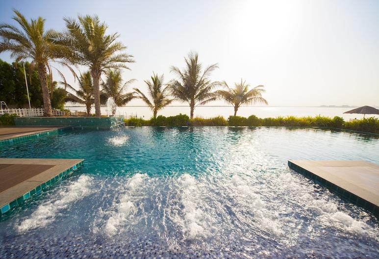 Pearl Hotel & Spa, Umm al Quwain, Udendørs pool