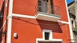 Book this Parking available Hotel in Sant'Agata de'Goti