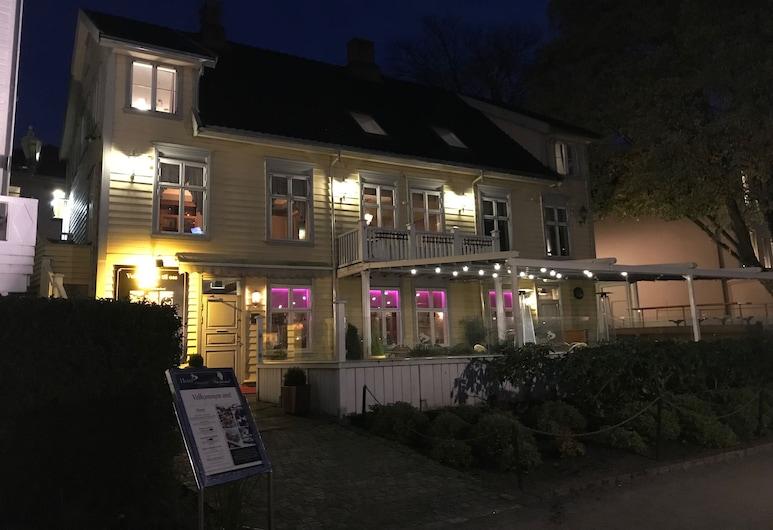 Charlottenlund Gjestehus, Stavanger