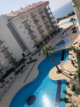 Introduce sus fechas y vea precios de hoteles última hora en Kusadasi