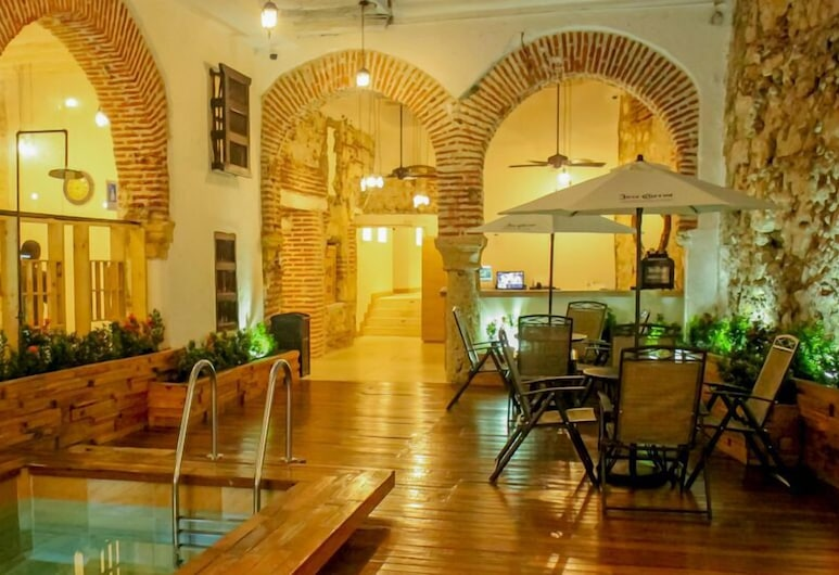 Bourbon St Hostal Boutique - Hostel, Cartagena