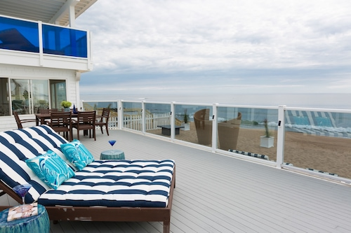 海灘藍色旅館/