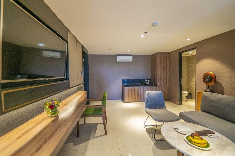 Executive Room, 1 Bedroom - Living Area