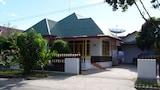 Hotel di Padang, Akomodasi Padang, Reservasi Hotel Padang Online