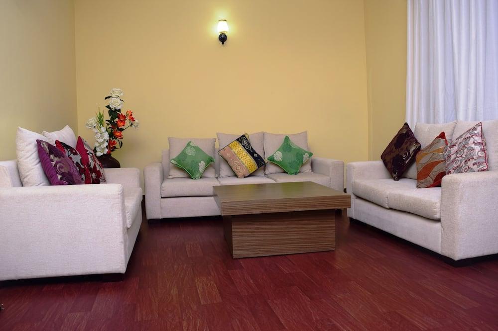Standard-Doppelzimmer, Mehrere Schlafzimmer, Nichtraucher - Wohnzimmer