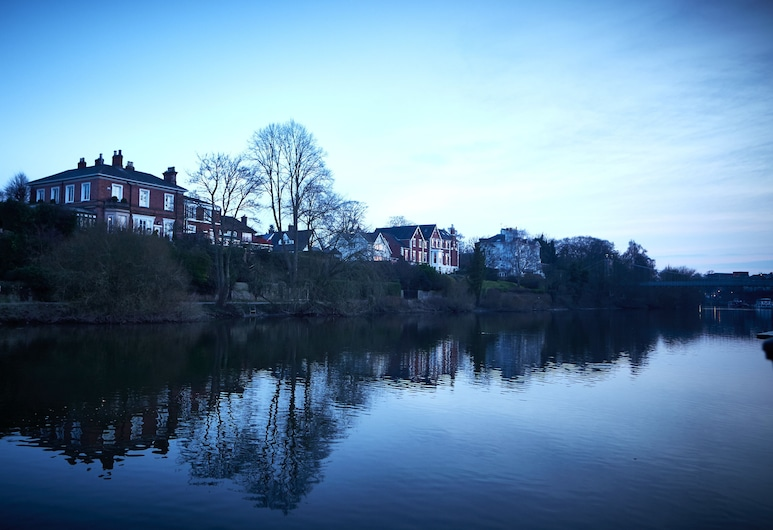 The Boathouse & Riverside Rooms, Chester, Exterior