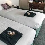 Standard dubbelrum eller tvåbäddsrum - eget badrum - Gästrum
