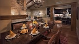 Foto di Bear Haven 1 Br chalet by RedAwning a Topton