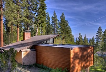 Fotografia do Lake Tahoe Mountain Escape 5 Br home by RedAwning em Incline Village