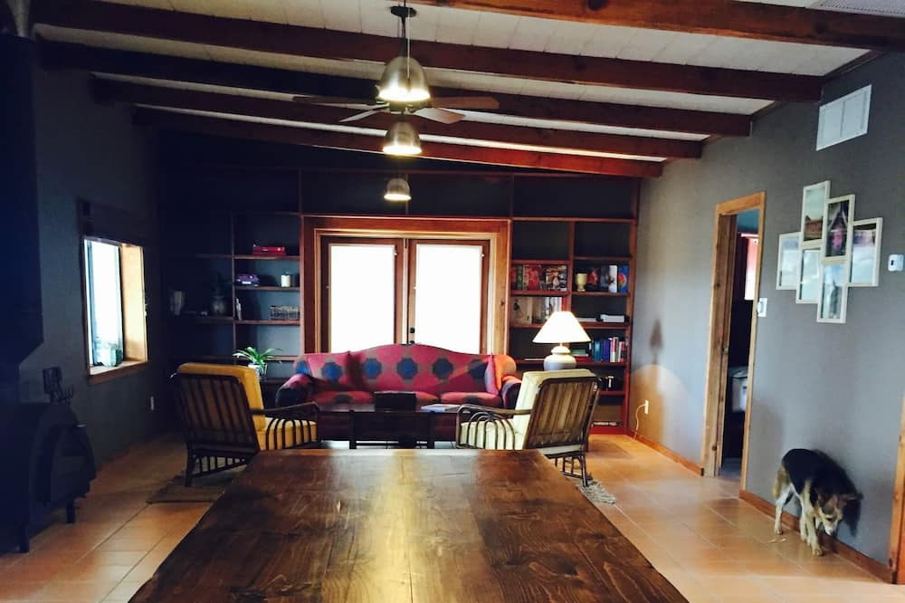 Villa, 2 Bedrooms, Kitchen, Mountain View - In-Room Dining