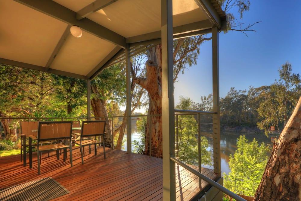 Riverfront Executive Cabin - 5 Berth - NEW - Terrace/Patio