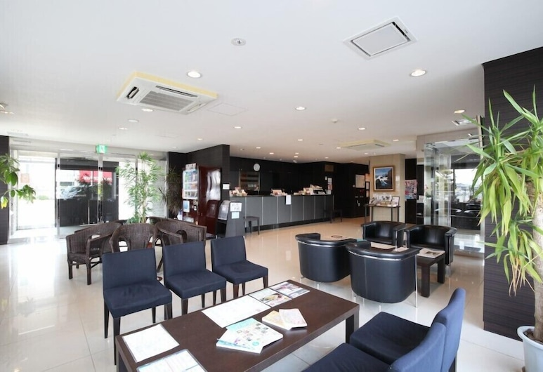 Az Inn Higashiomi Notogawa Ekimae, Higashiomi, Priestory na sedenie v hale