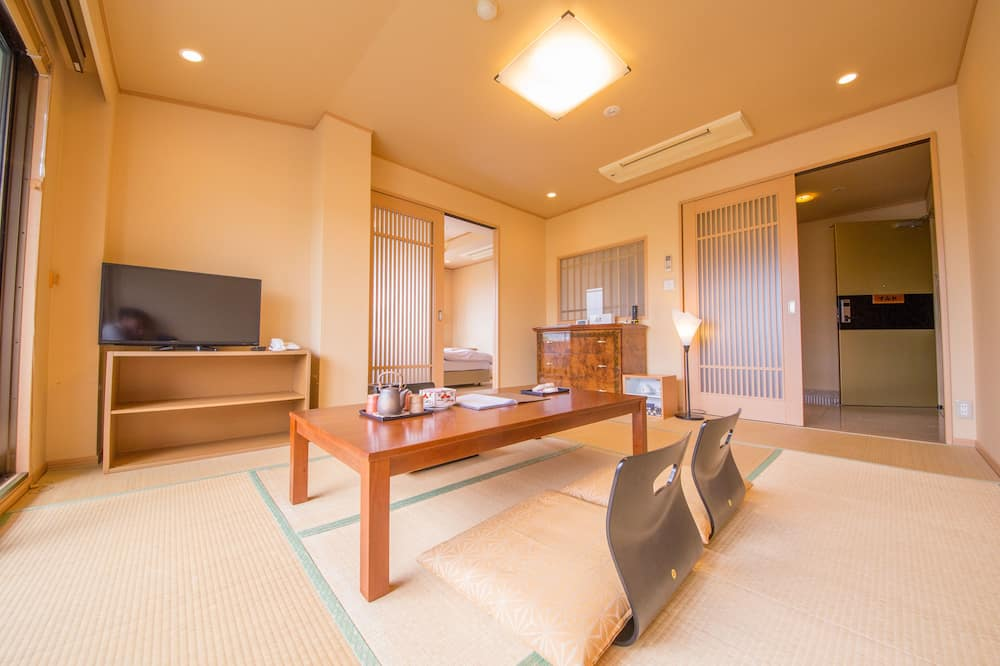 Traditional Room, River View - Guest Room