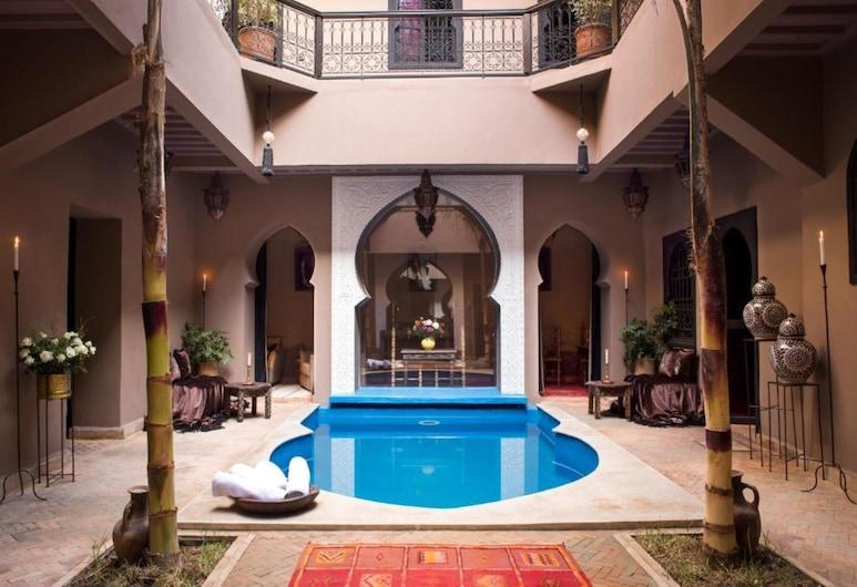 依爾哈納庭院飯店, 馬拉喀什, 游泳池
