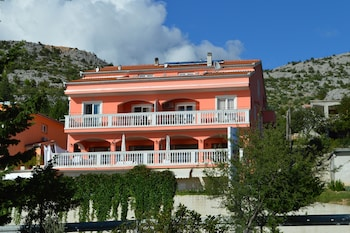 Picture of Amari Apartments in Starigrad