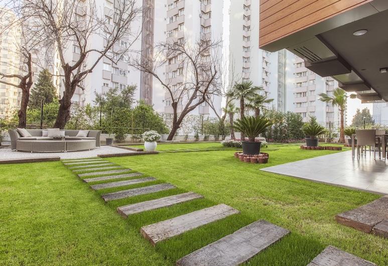 BMK Suites & Apartments, Antalya, Garden