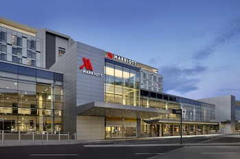 Picture of Calgary Airport Marriott In-Terminal Hotel in Calgary