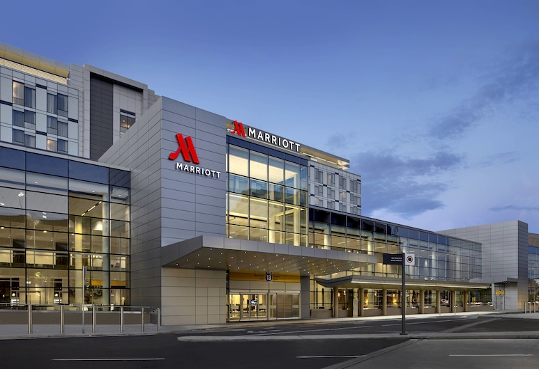 Calgary Airport Marriott In-Terminal Hotel, Calgary