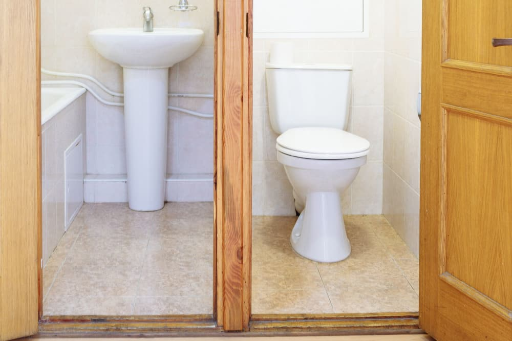 Dvojlôžková izba typu Economy, spoločná kúpeľňa - Kúpeľňa