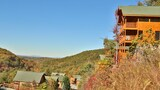 Choose This 4 Star Hotel In Pigeon Forge
