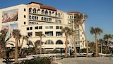 Choose This Luxury Hotel in Galveston
