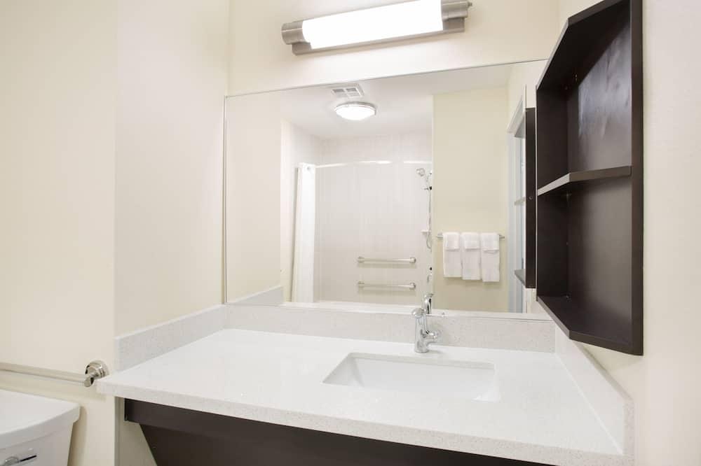 Süit, 1 Yatak Odası, Engellilere Uygun (Mobility) - Banyo