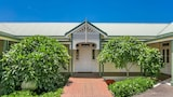 Hotels in Bangalow,Bangalow Accommodation,Online Bangalow Hotel Reservations