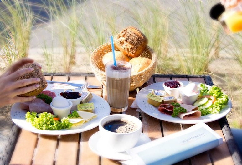 Airport Hotel One, Sylt-Ost, Restaurante al aire libre
