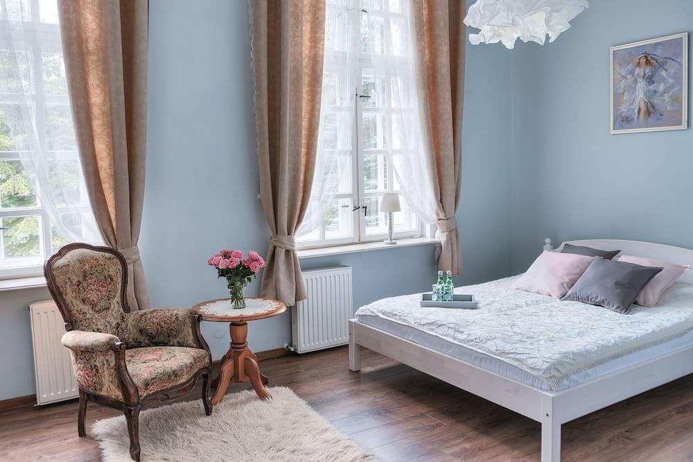 Trivietis kambarys, 1 miegamasis - Svetainės zona