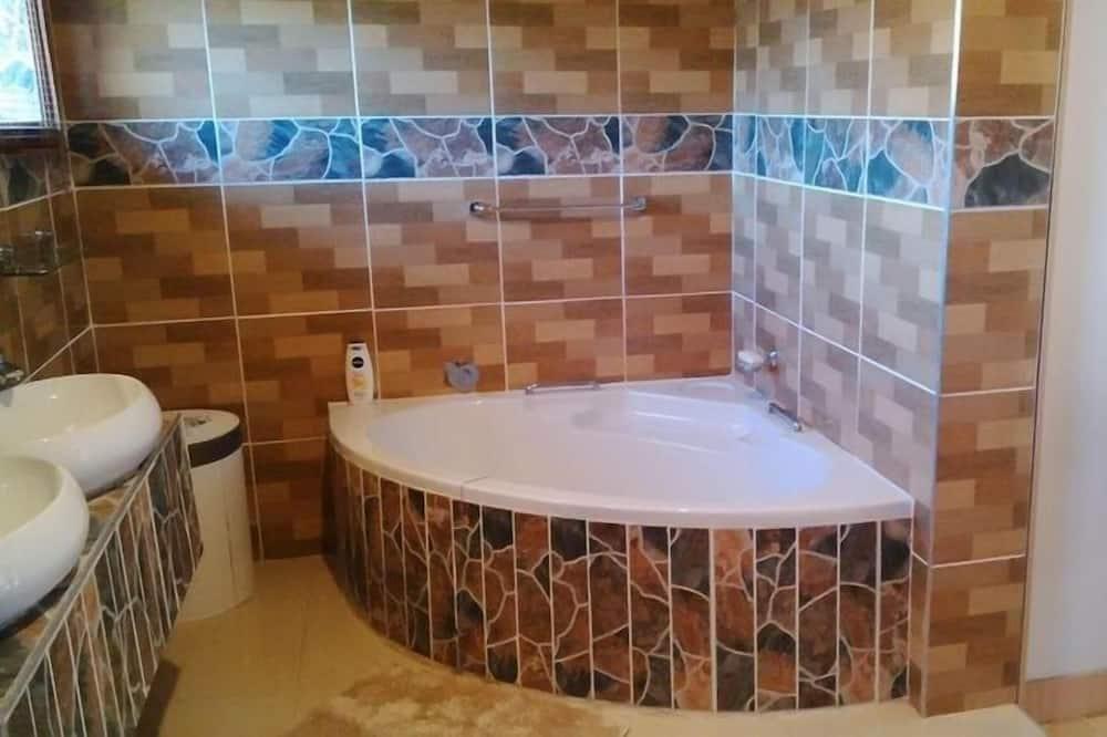 Room (1) - Bathroom
