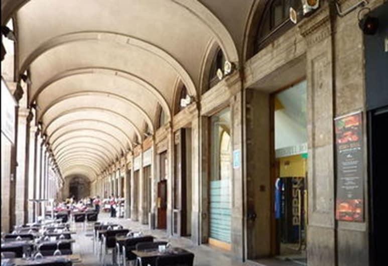 Hotel Roma Reial, Barcelona, Fachada do hotel