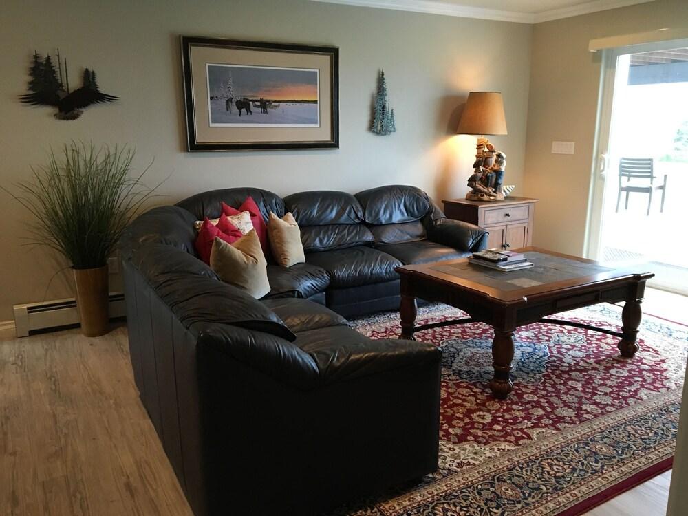 Book Alaska SeaScape Lodge All Inclusive In Kenai Hotelscom - Alaska all inclusive
