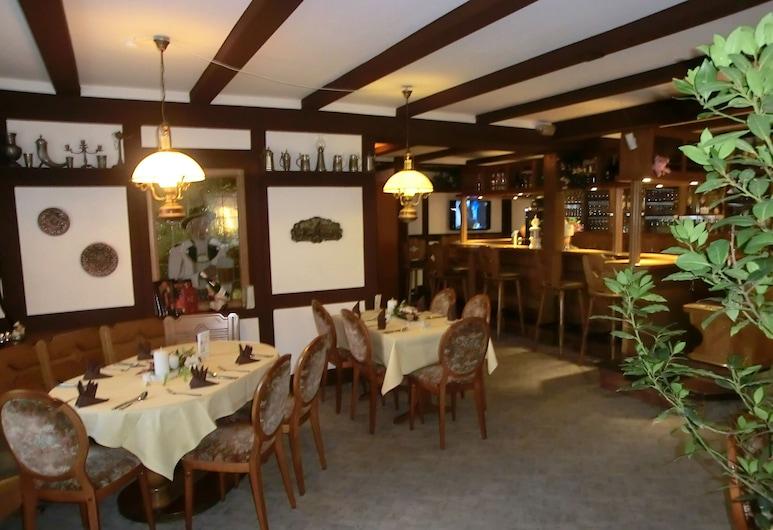 Glindenberger Hof, Wolmirstedt, Hotelový bar