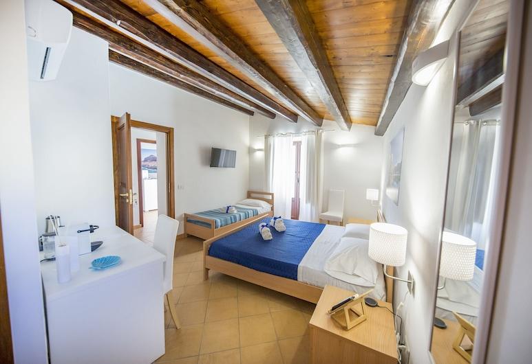 Cefalù in Blu, Cefalù, Dreibettzimmer, Balkon, Zimmer