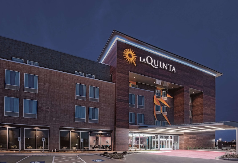 La Quinta Inn & Suites by Wyndham Dallas Grand Prairie North, Grand Prairie